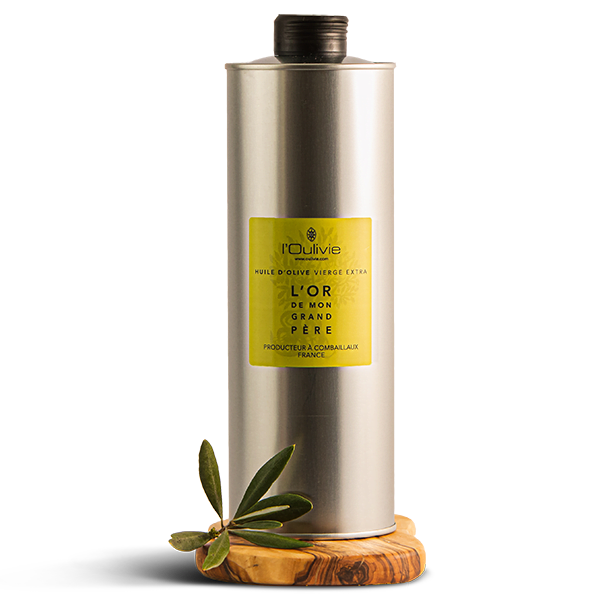 L'Or de mon grand-père, cuvée prestige d'huile d'olive du Domaine L'Oulivie est une huile légère et herbacée : Lucques, Picholine et Verdale