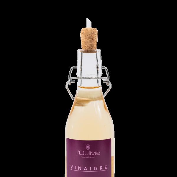 Bouchon verseur en liège du Domaine L'Oulivie. Très pratique, il régule l'écoulement de l'huile d'olive ou du vinaigre par appel d'air.